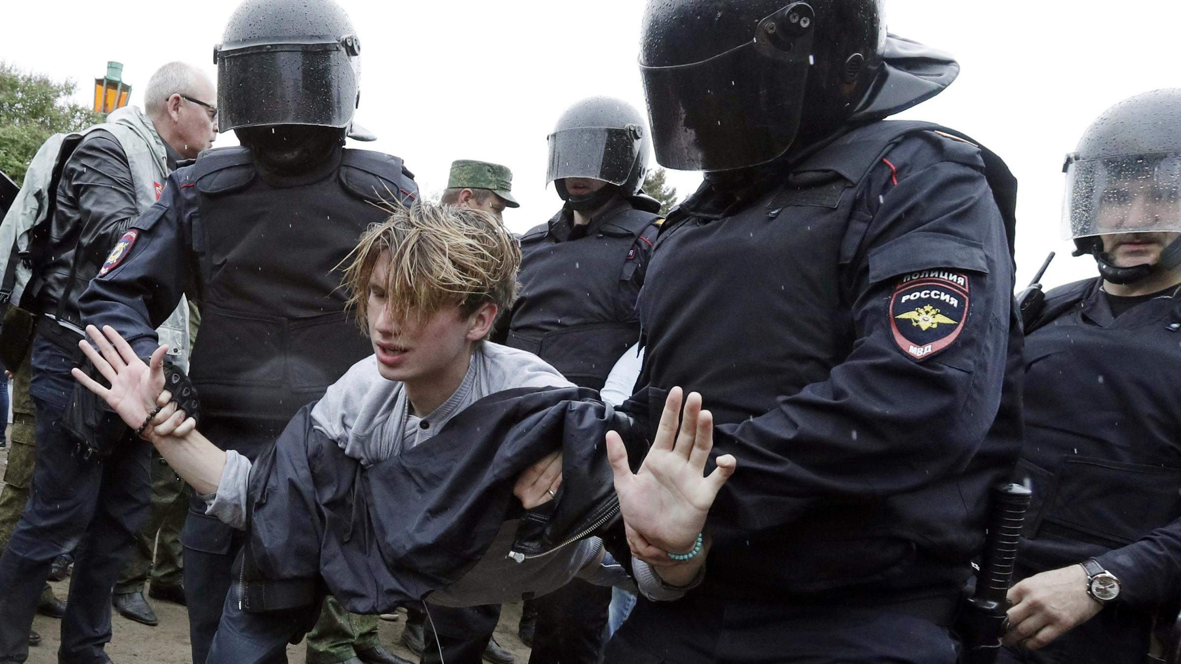 Hundreds of demonstrators arrested in Russia